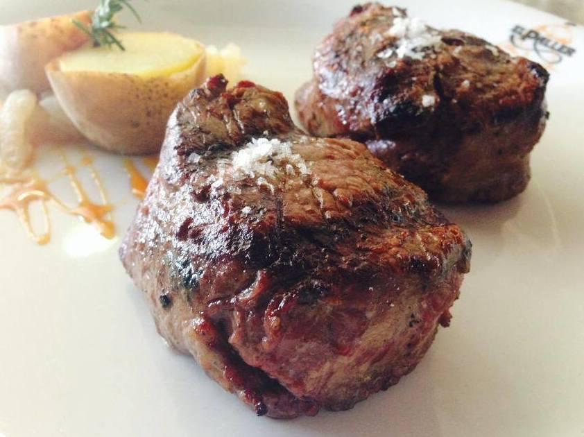 Excelentes carnes a la brasa