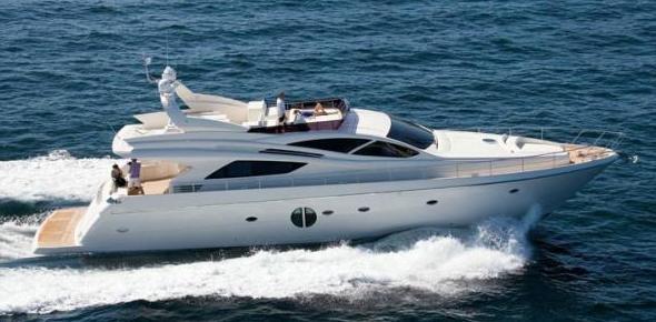 Alquiler de yates y villas de lujo.    Boats and luxury villas rent.: Servicios de Cositasricas
