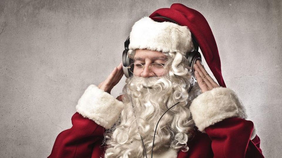 La ciencia lo confirma: Demasiada música navideña afecta tu equilibrio emocional