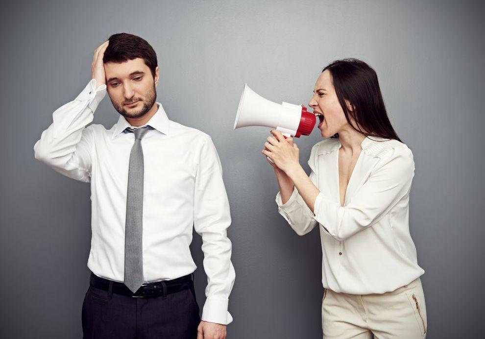 La voz femenina agota el cerebro masculino, literalmente