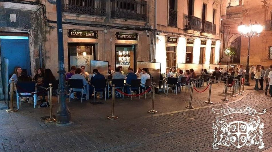 Foto 14 de Pubs y bares de copas en    Capitolium Salamanca