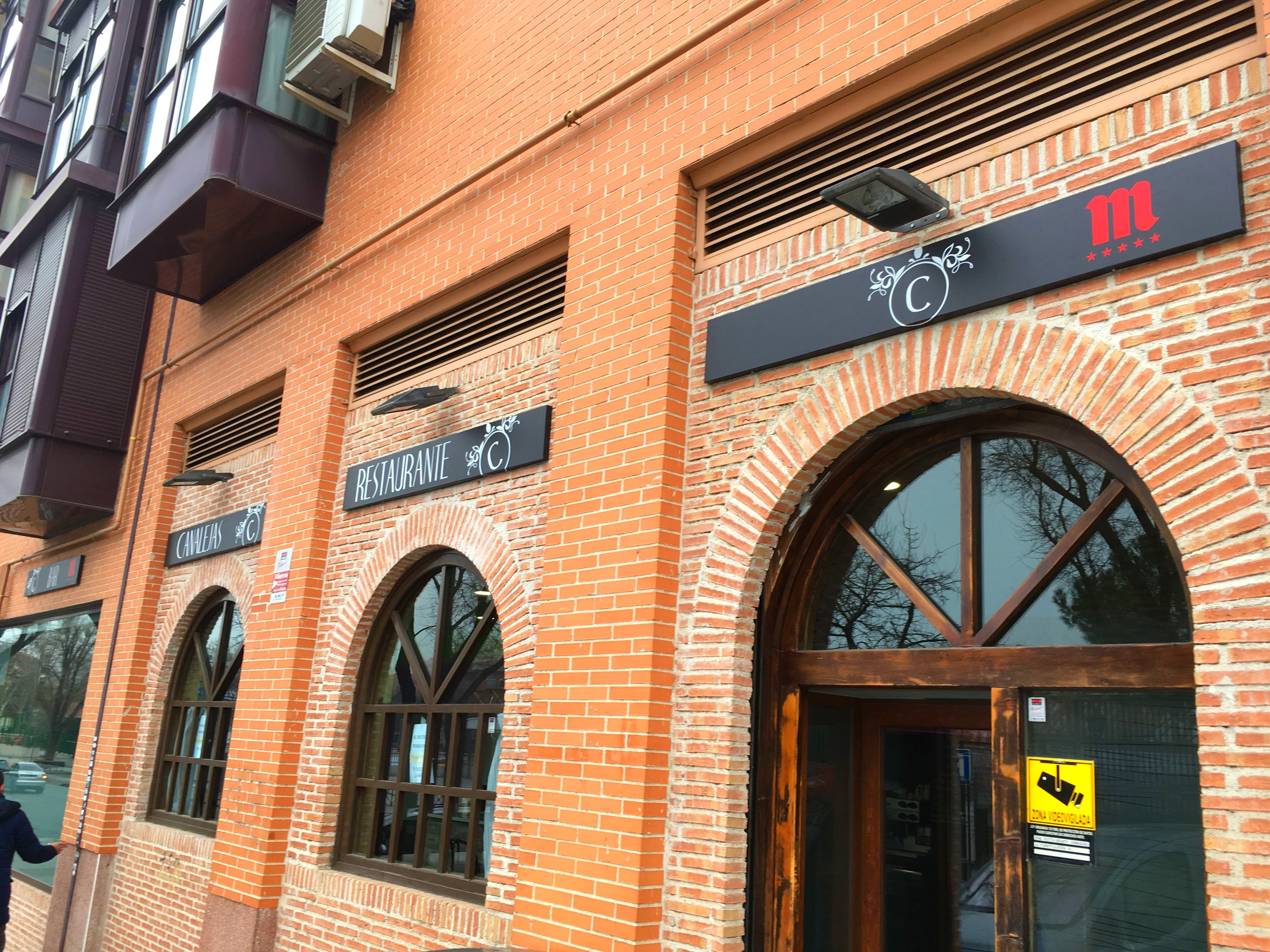 Rotulos exteriores bar restaurante Canalejas