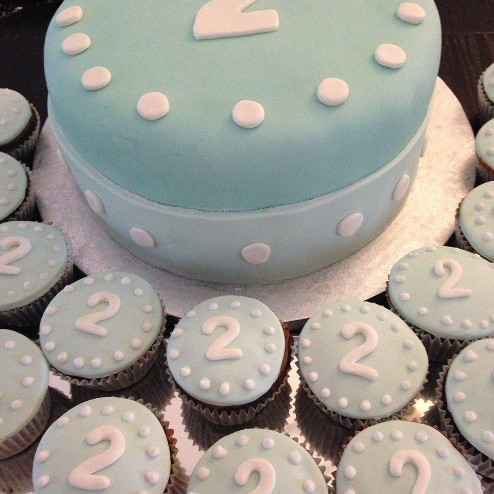 Foto 12 de Tartas personalizadas y mesas dulces en  | Con T de Tarta