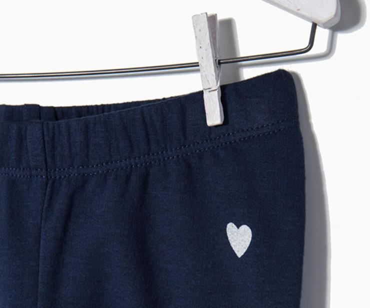 Detalle leggings de punto azul oscuro antes 7.99 € antes 5.99€
