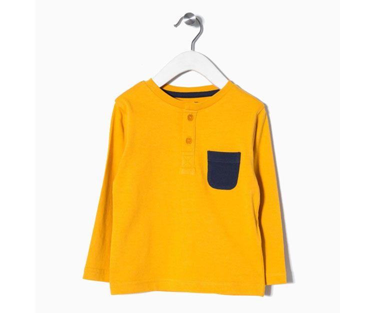 Camiseta manga larga amarilla bolsillo azul  5.99 €