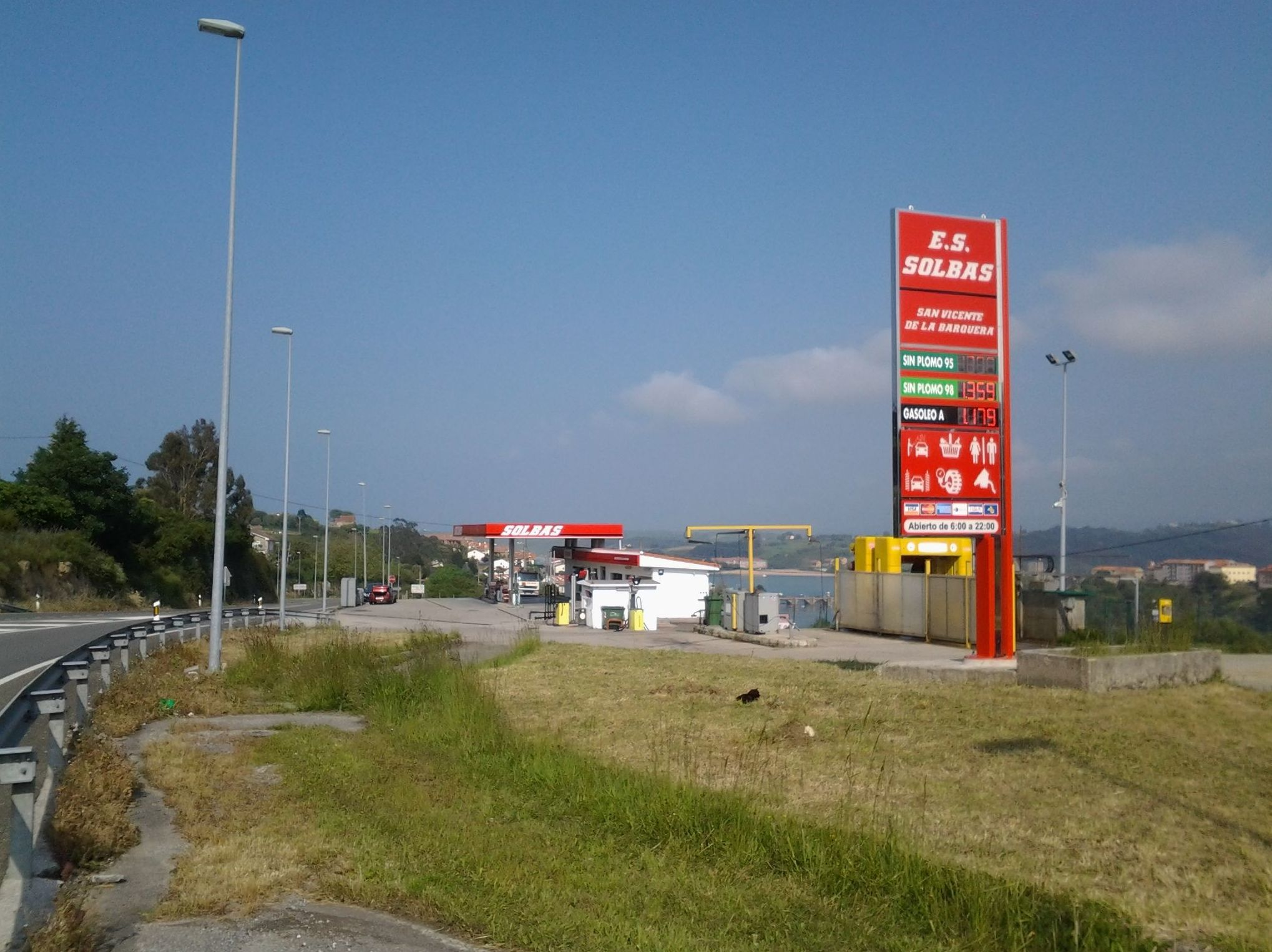 Gasolinera . San Vicente de la Barquera Cantabria