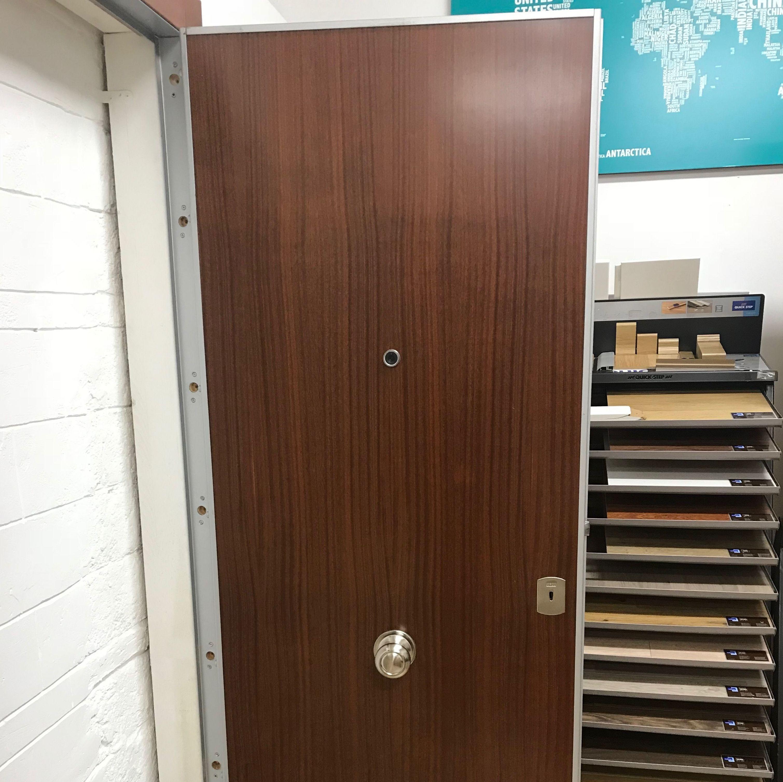 Puerta blindada con cerradura arku bloc 511 productos de for Puerta plegable con cerradura