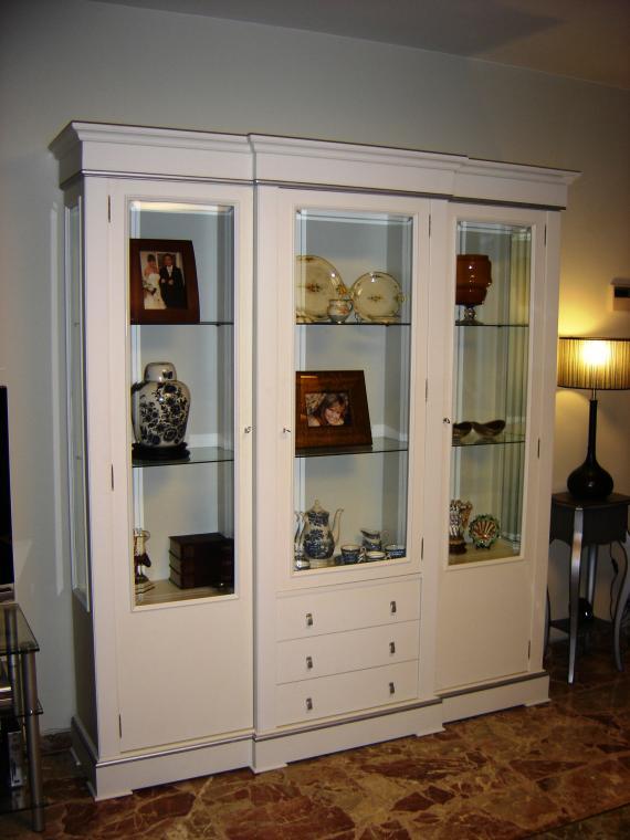 Foto 71 de Restauración de muebles y antigüedades en Beniparrell | Lacados y Barnizados Policlasic