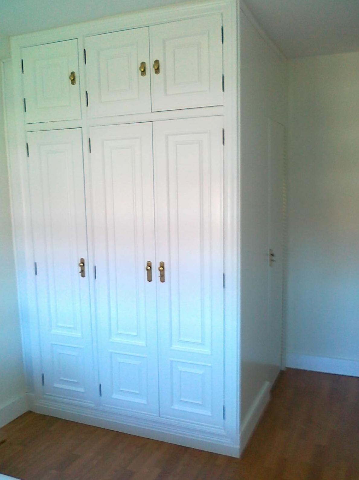 Armarios Restaurados Cat Logo De Lacados Y Barnizados Policlasic # Muebles Restaurados En Blanco