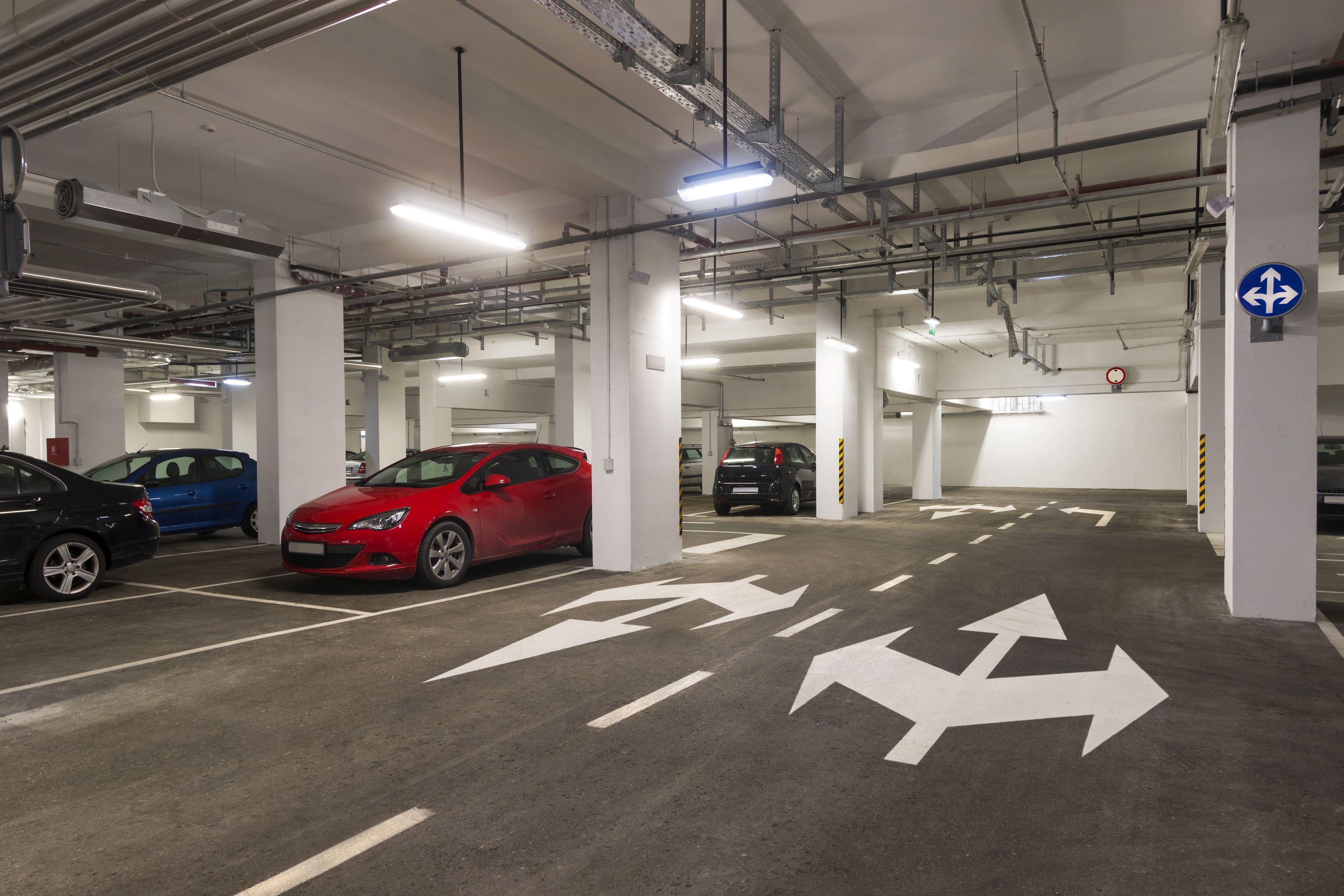Garajes y parkings: Servicios de Limpiezas Job