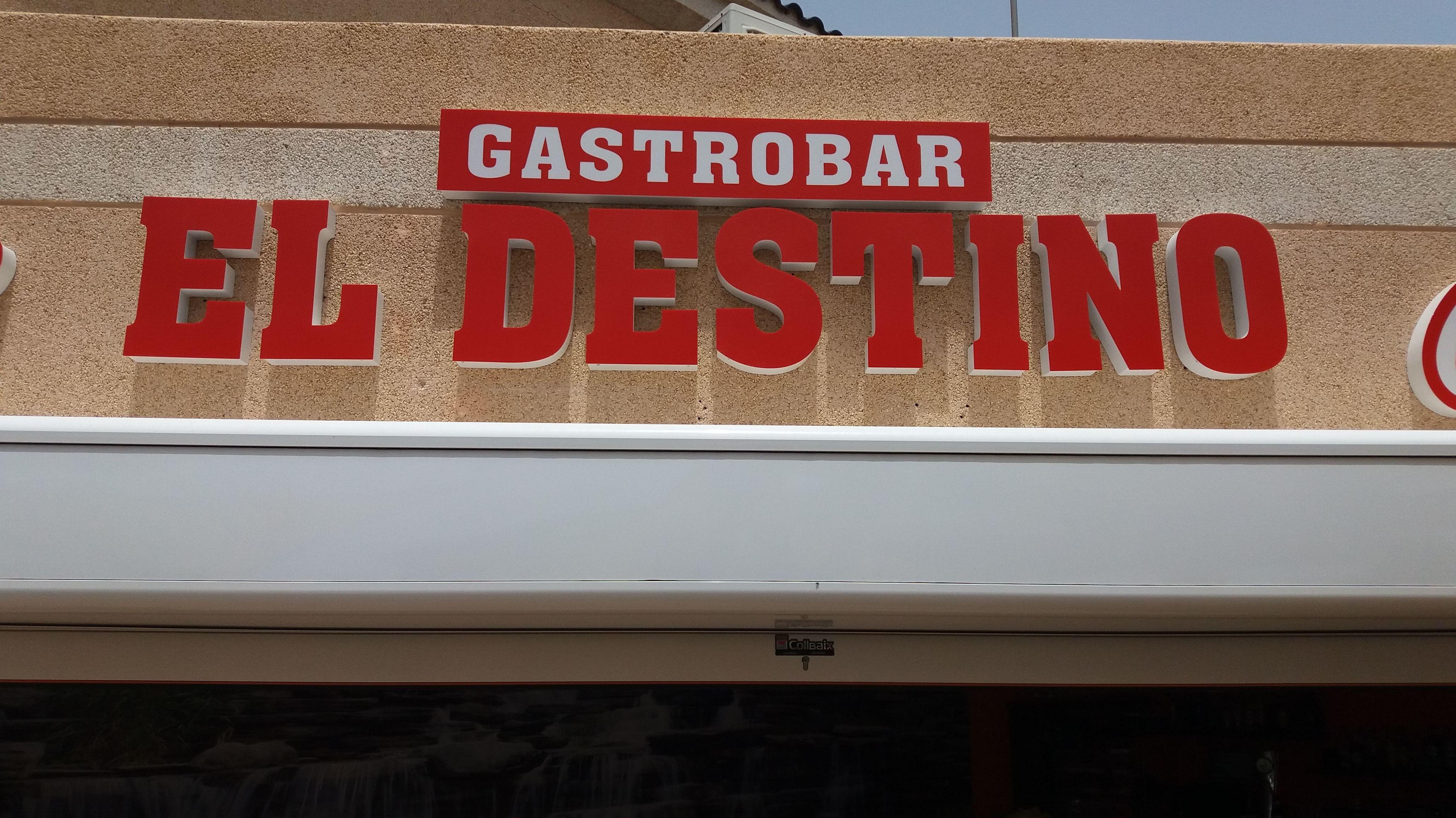 Foto 3 de Bar de tapas en  | El Destino Gastrobar