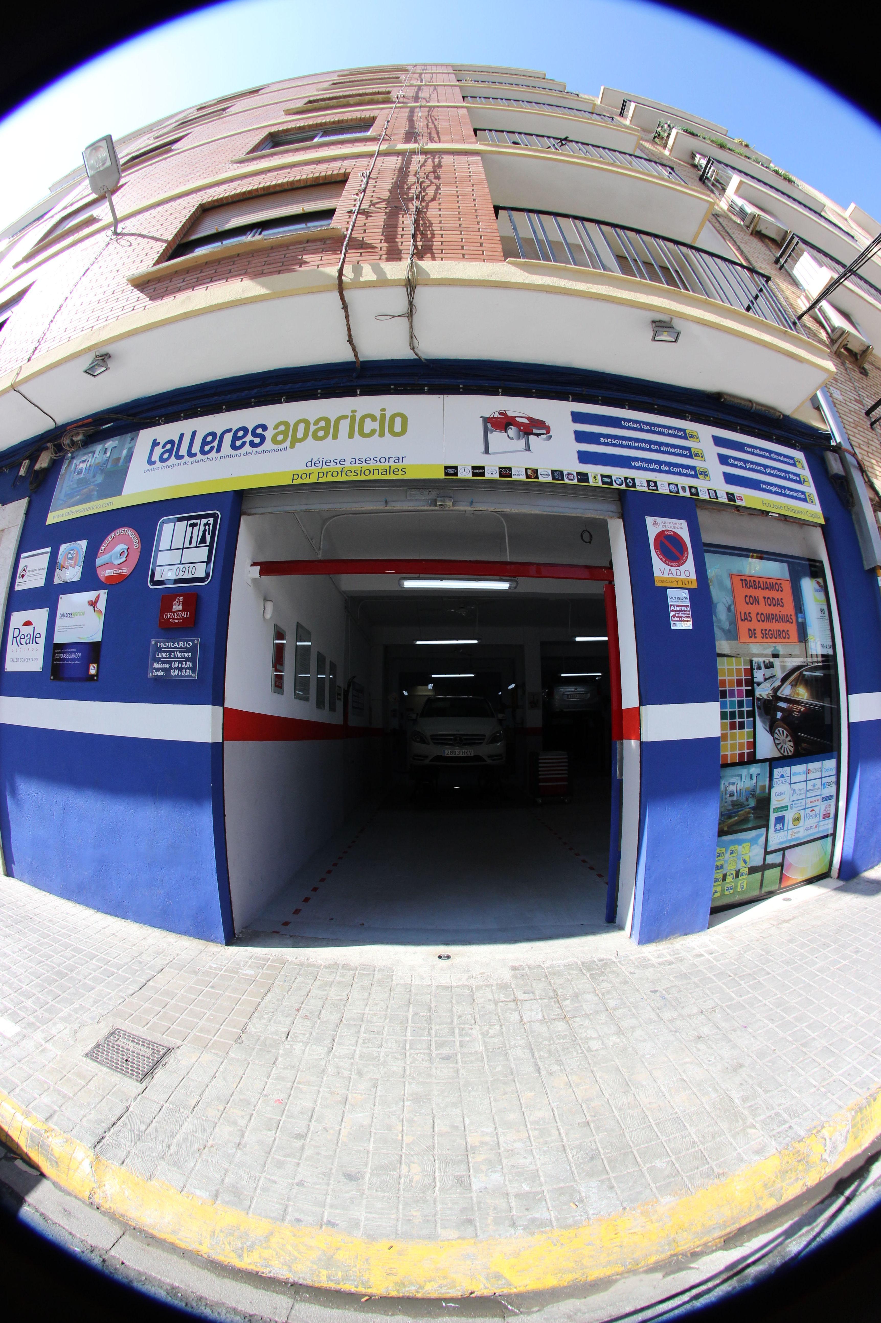 Foto 87 de Talleres de chapa y pintura en Valencia | Talleres Aparicio Autochiquero