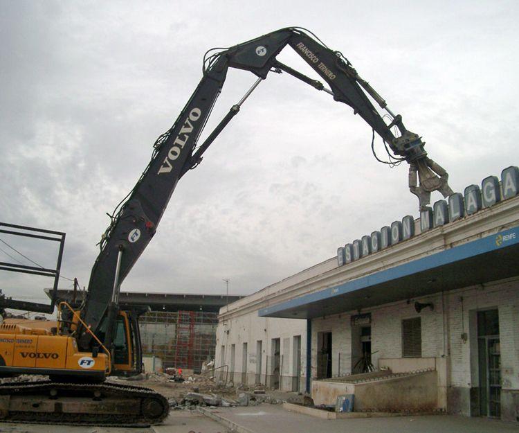 Demolición de la antigua estación de Málaga