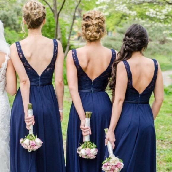 Damas-honor-azul-fiesta