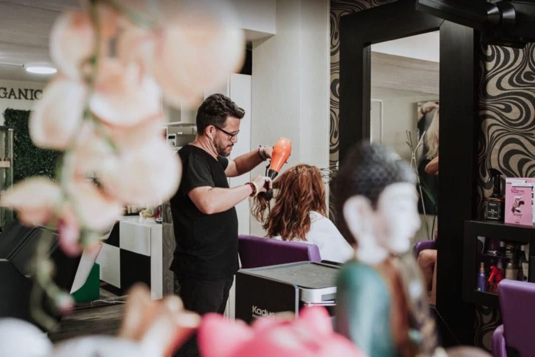 Hairdressing treatment in Marbella
