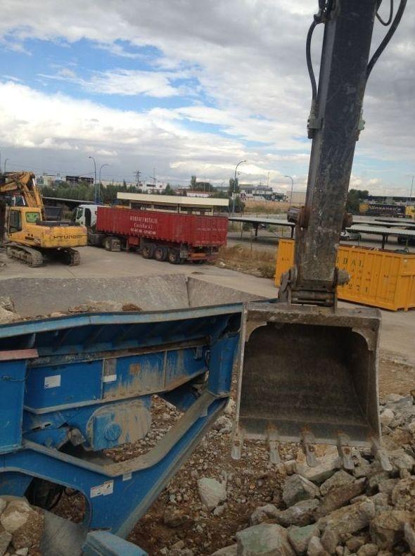 Foto 11 de Desmontes en Meco | Desmontes y Excavaciones Horche S.L.