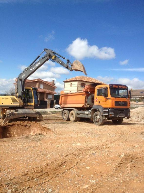 Foto 13 de Desmontes en Meco | Desmontes y Excavaciones Horche S.L.