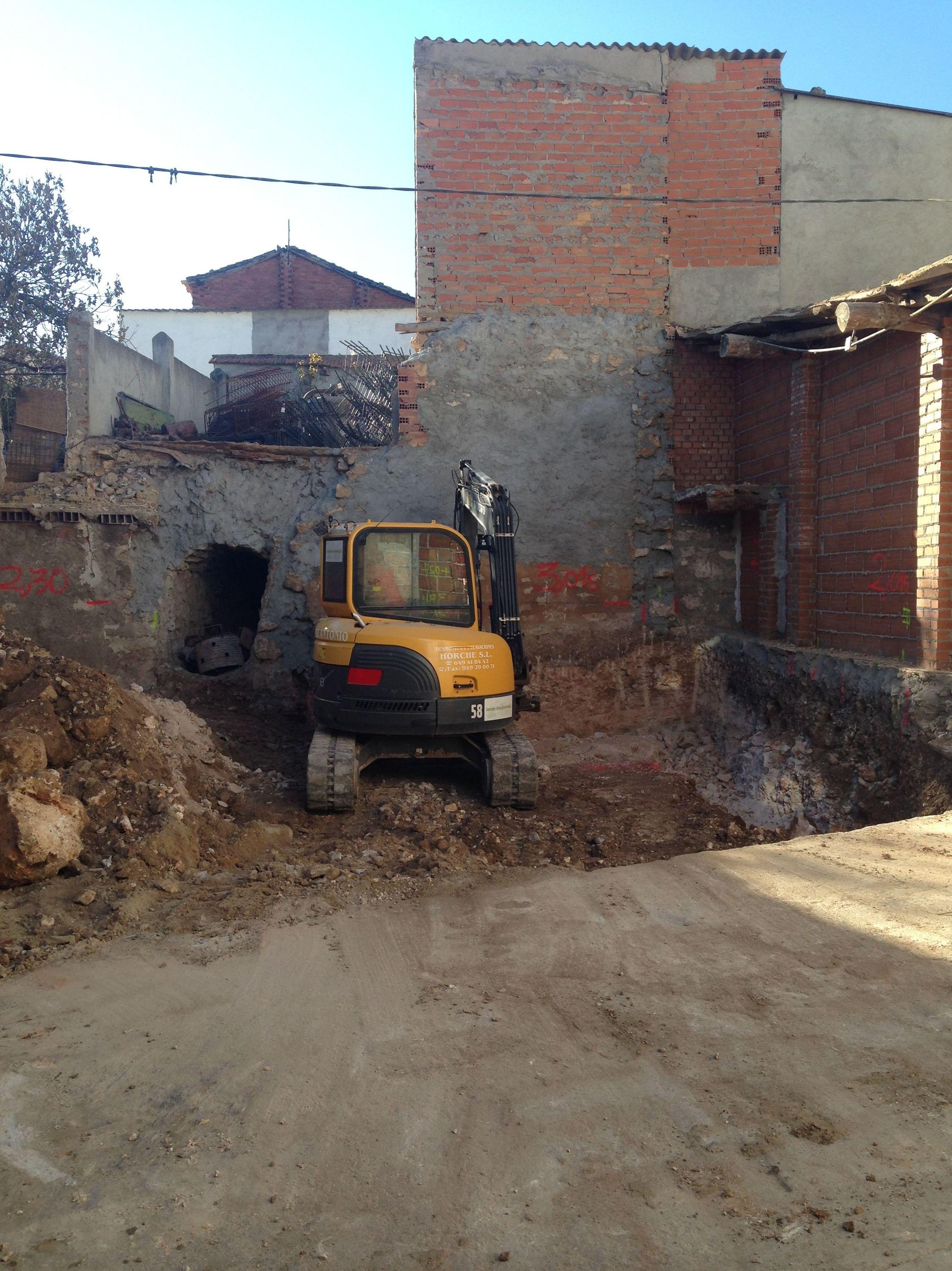 Foto 19 de Desmontes en Meco | Desmontes y Excavaciones Horche S.L.