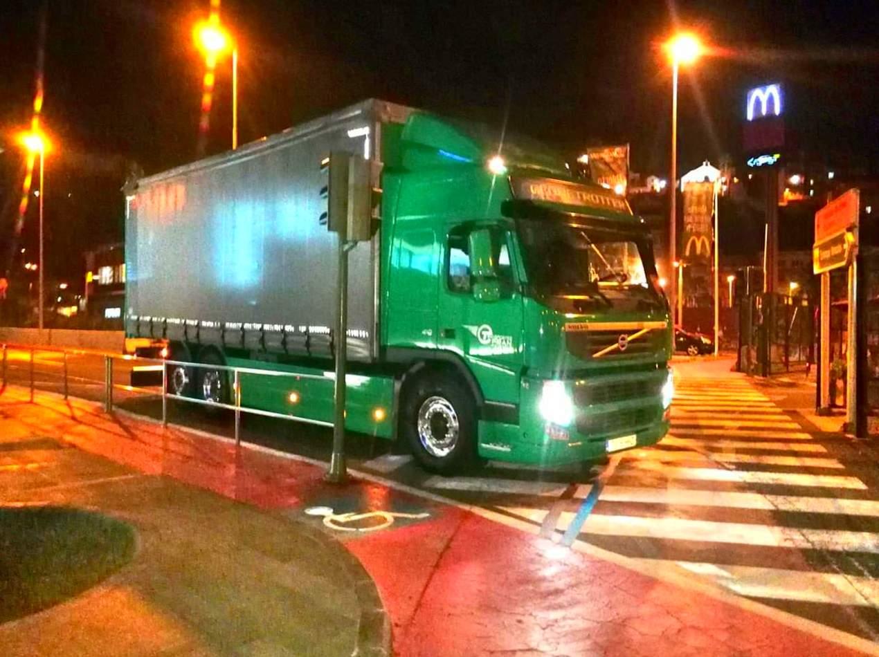 Foto 2 de Transporte de mercancías en  | Transportes Fran