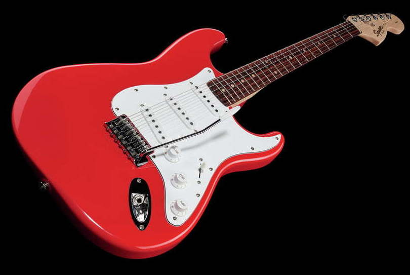 Fender Squier Affinity Strat Race Red barata guitarra eléctrica principiante