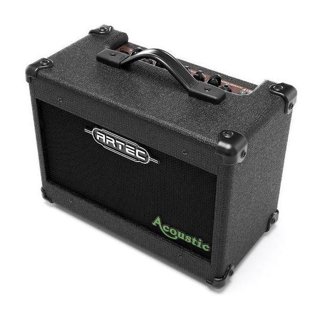 Amplificador guitarra acústica y micrófono con Chorus Artec