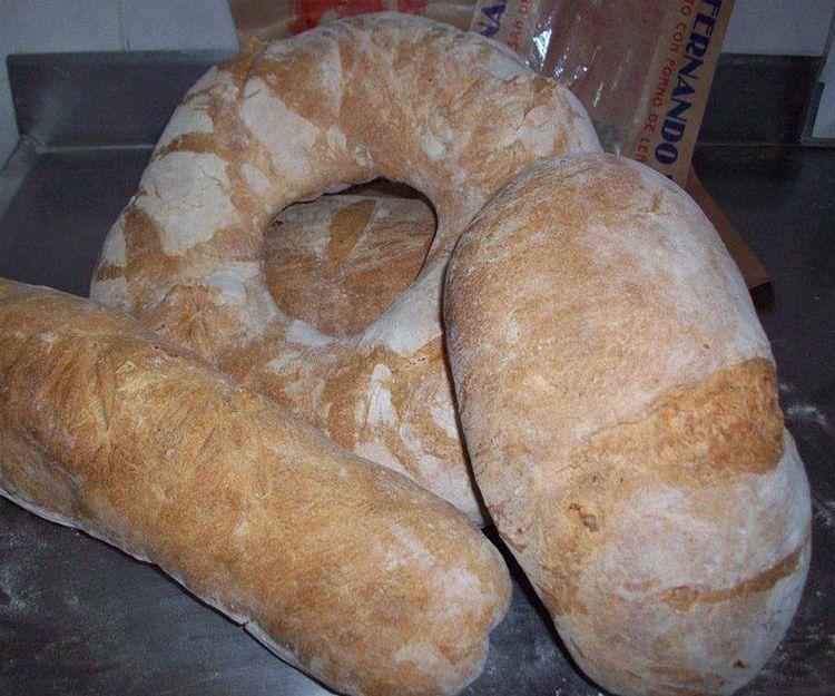 Elaboración y distribución de pan en Lugo
