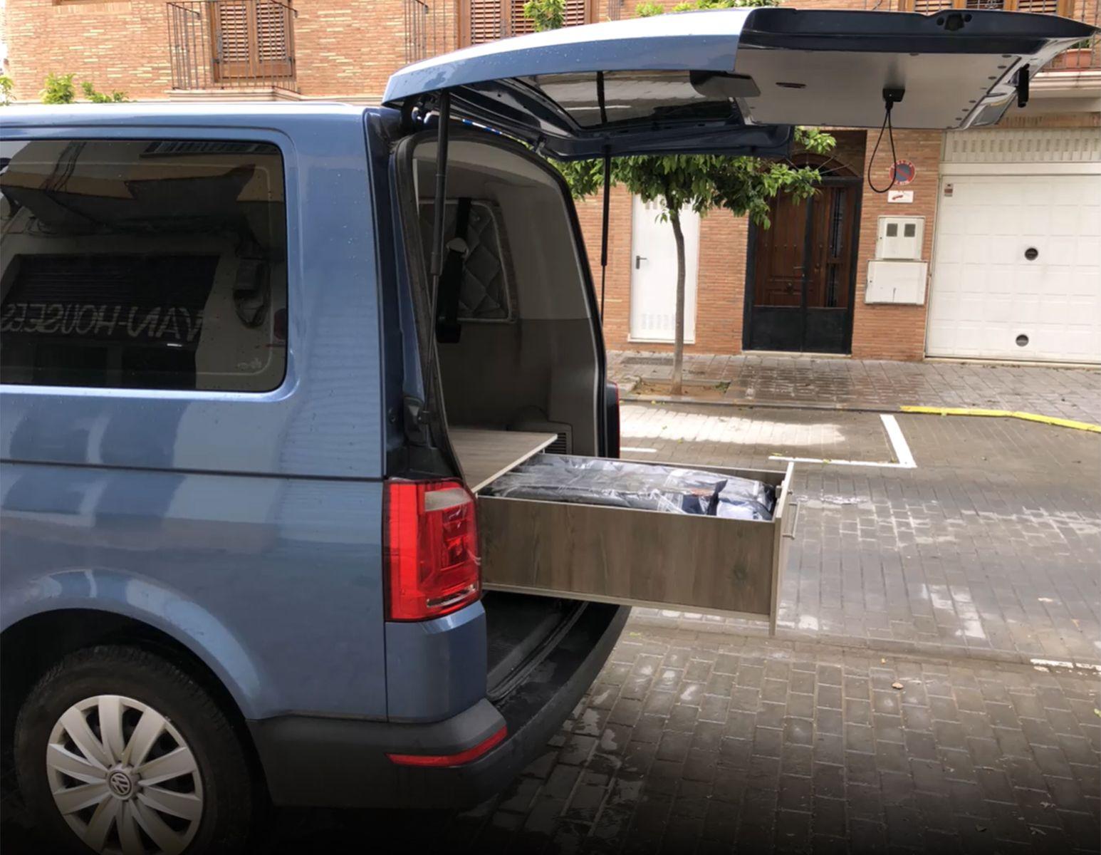Foto 9 de Camperización y alquiler de furgonetas en Ibiza en    CamperIbiza