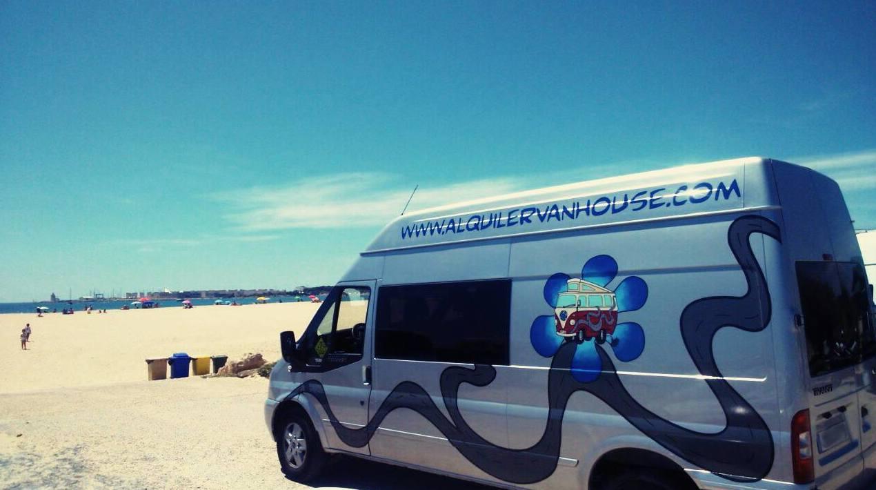 Foto 2 de Camperización y alquiler de furgonetas en Ibiza en  | CamperIbiza