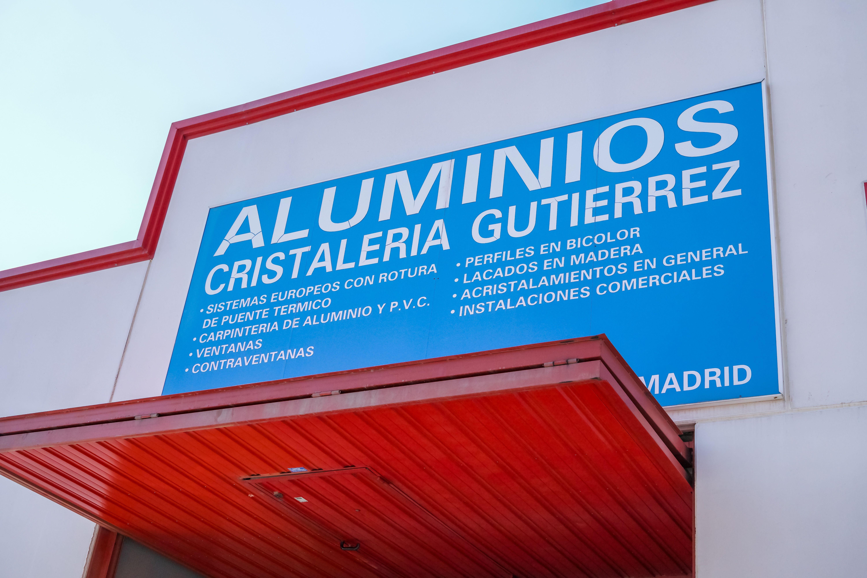Rótulo de Aluminios y Cristalería Gutiérrez