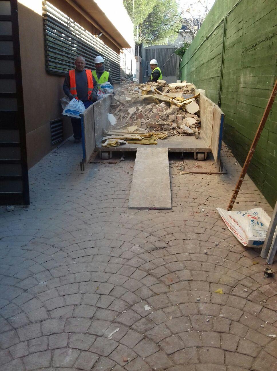 Demolición y limpieza: Servicios de Reformas Namoc