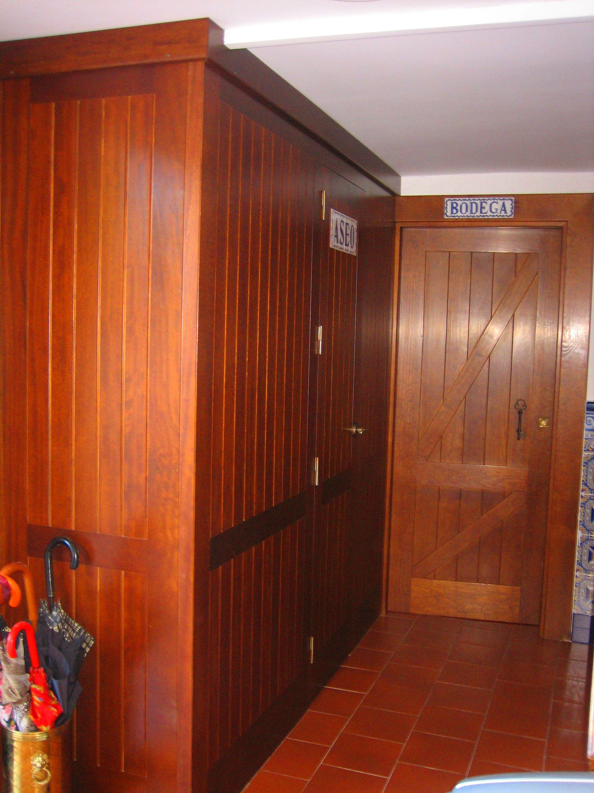 Estilo rústico para puertas de madera