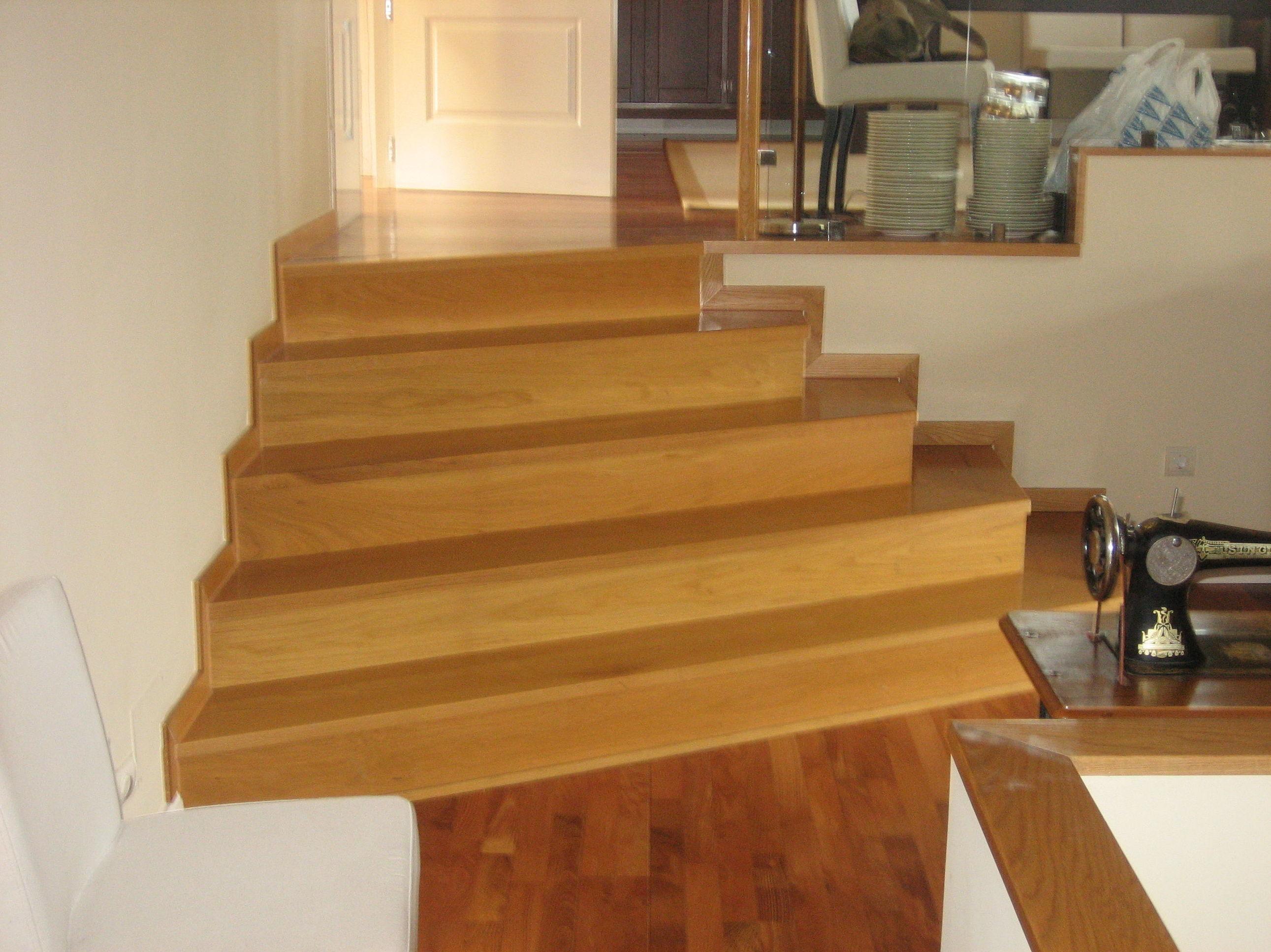 Realización de escalera de madera
