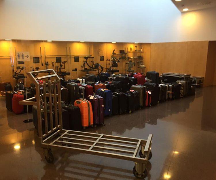 Traslado de maletas en el aeropuerto de Barcelona