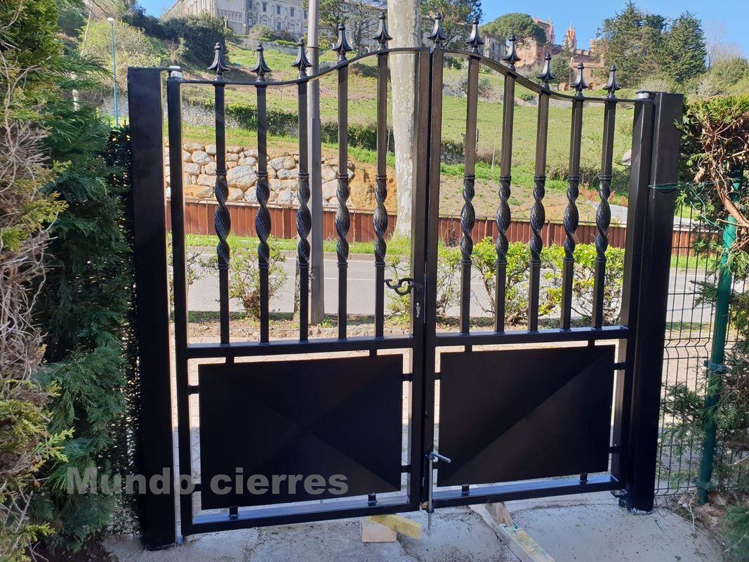 Especialistas en puertas metálicas en Cantabria
