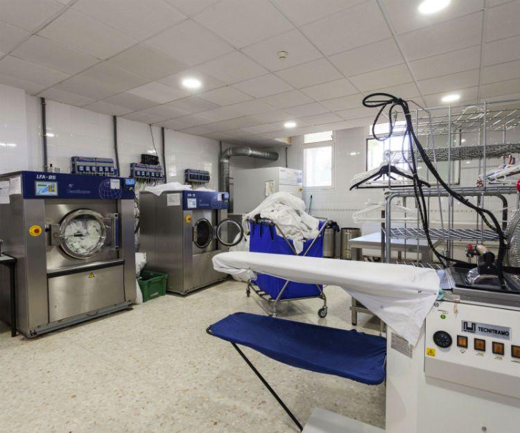 Lavandería diaria en Granada