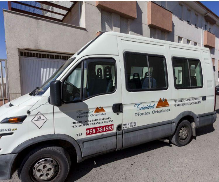Transporte de residencia de ancianos en Granada