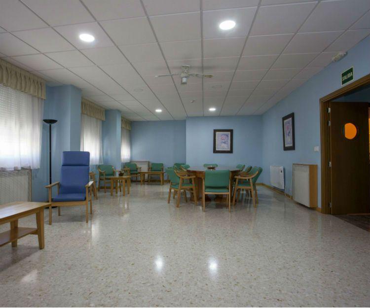 Sala de estar en centro de mayores