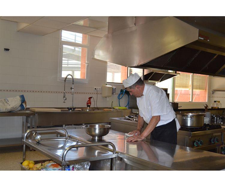 Cocina de la residencia en Granada