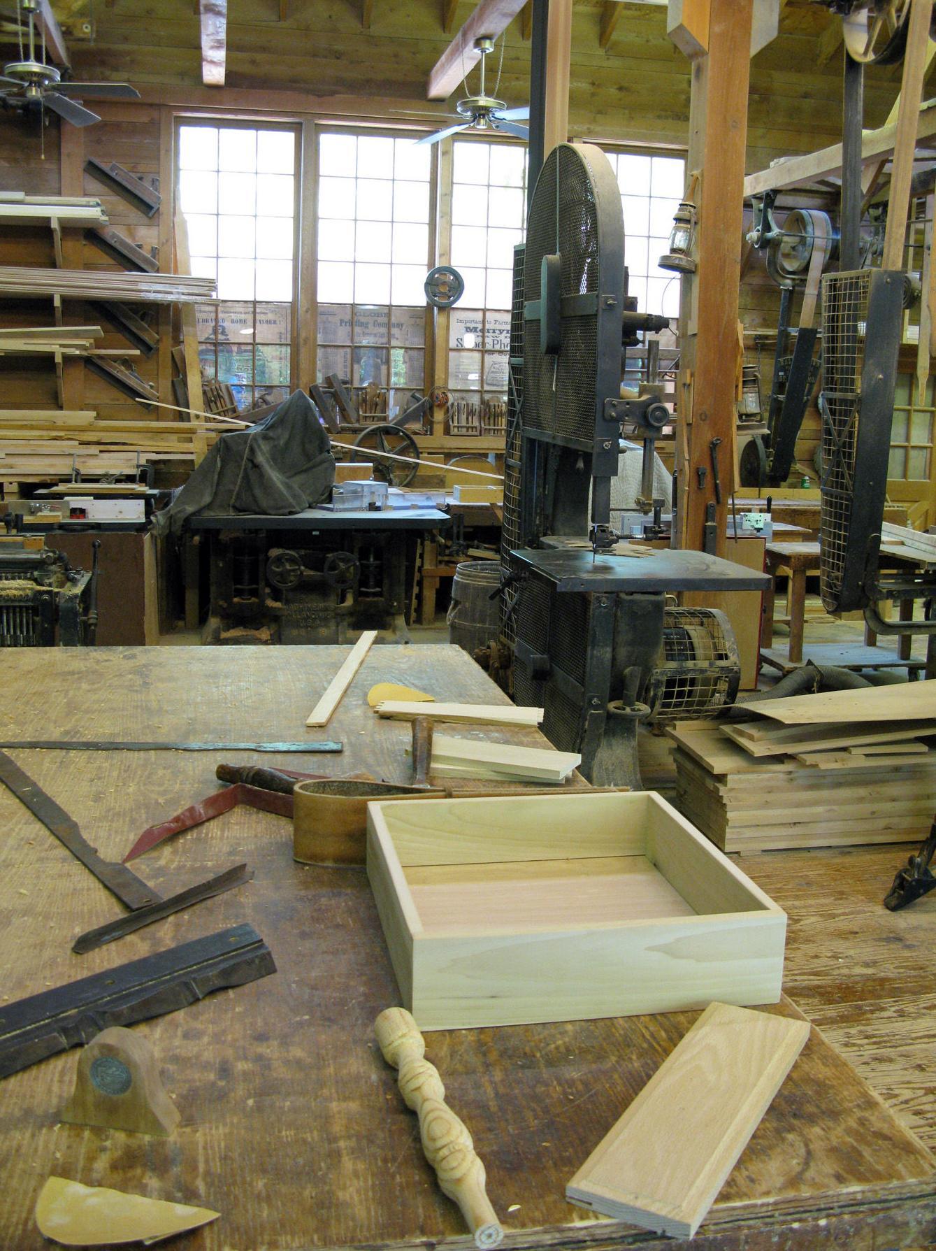 Carpintería Toledano. Todo tipo de trabajos de madera