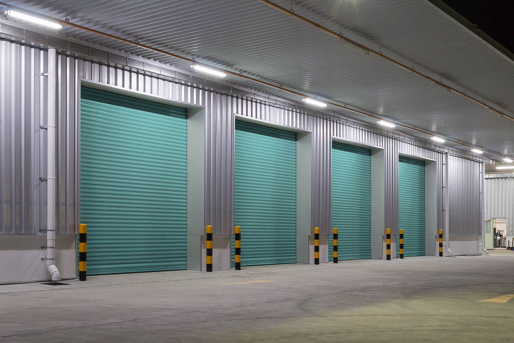 Venta e instalación de puertas con automatismo en Valencia
