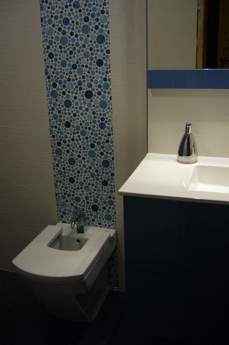 Baño detalles azules