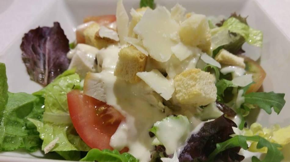 Ensaladas : Nuestros platos  de Restaurante Caruso
