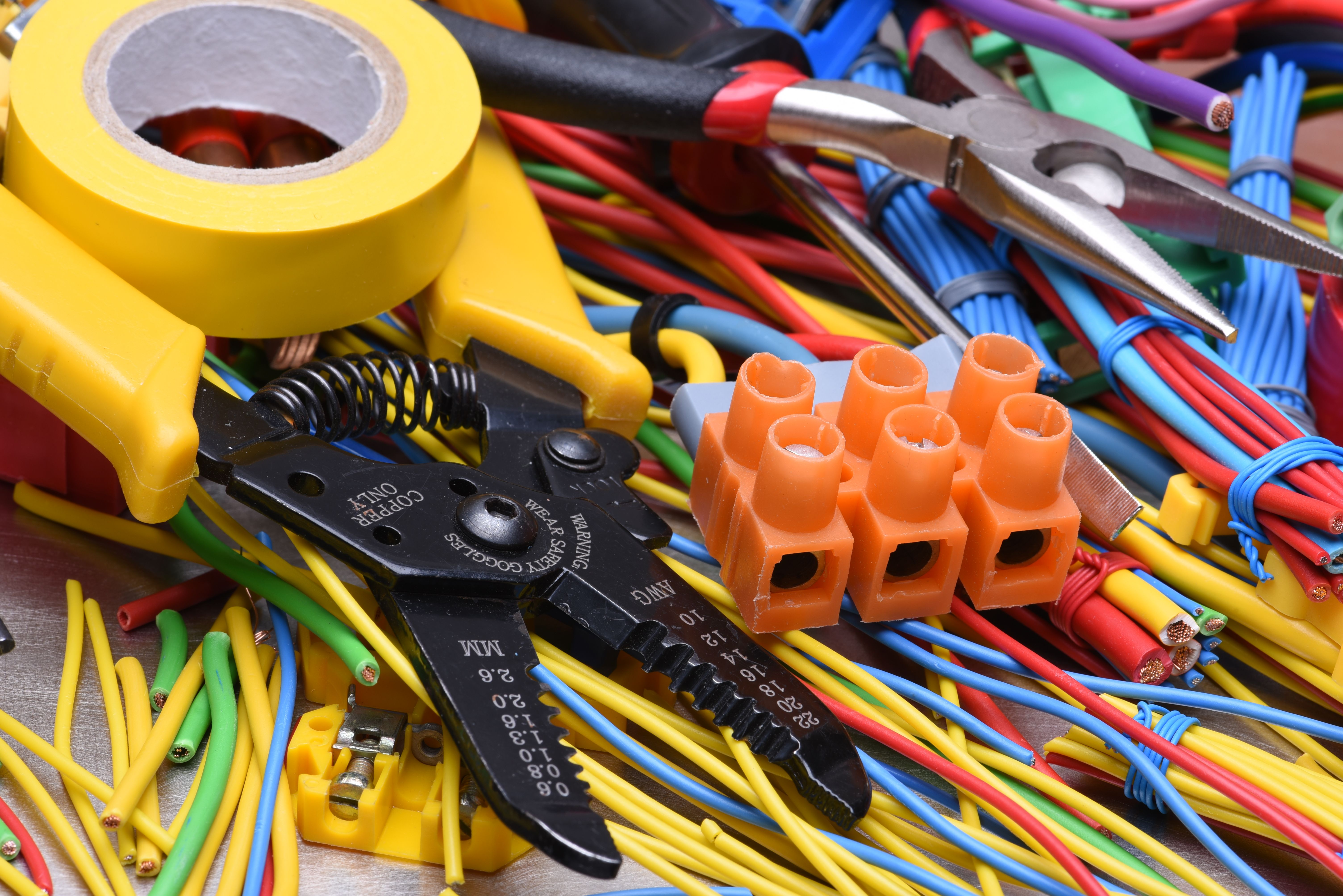 Instalaciones eléctricas: Servicios de Instalaciones Marti