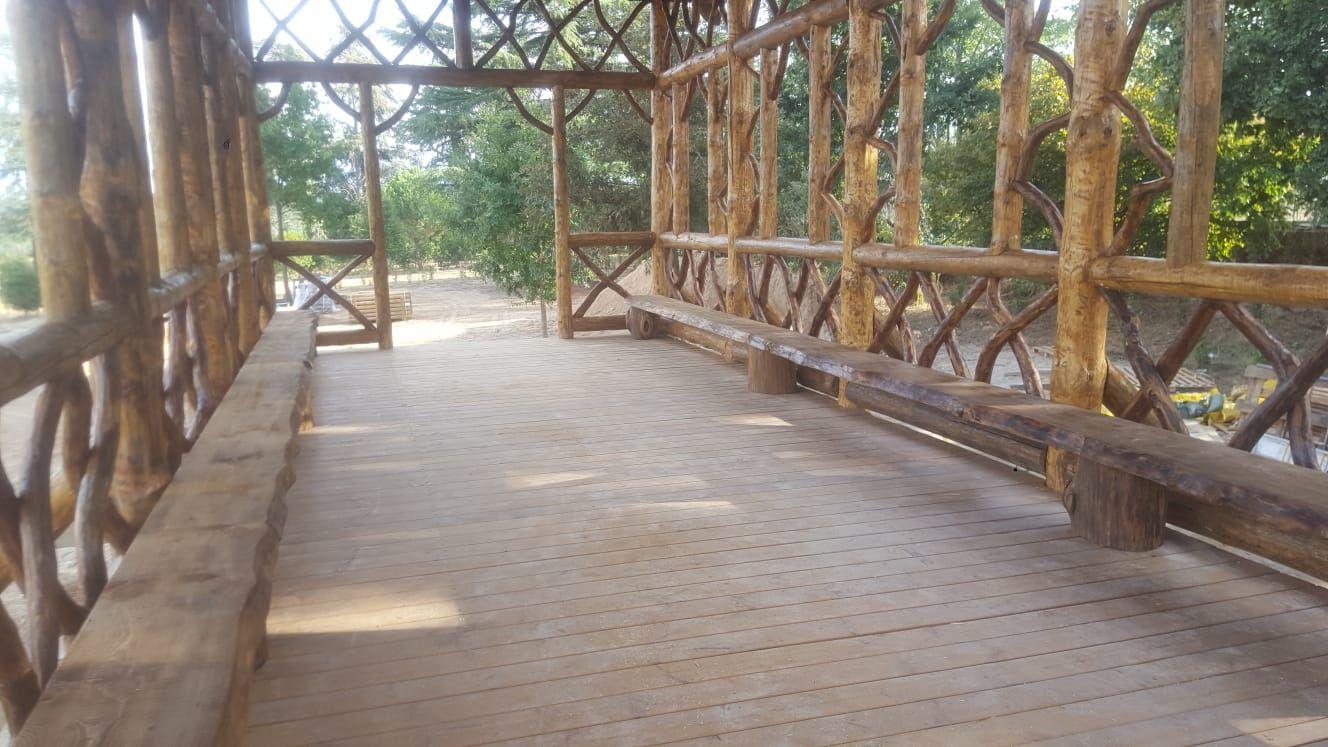 Muebles de madera para exterior en Segovia