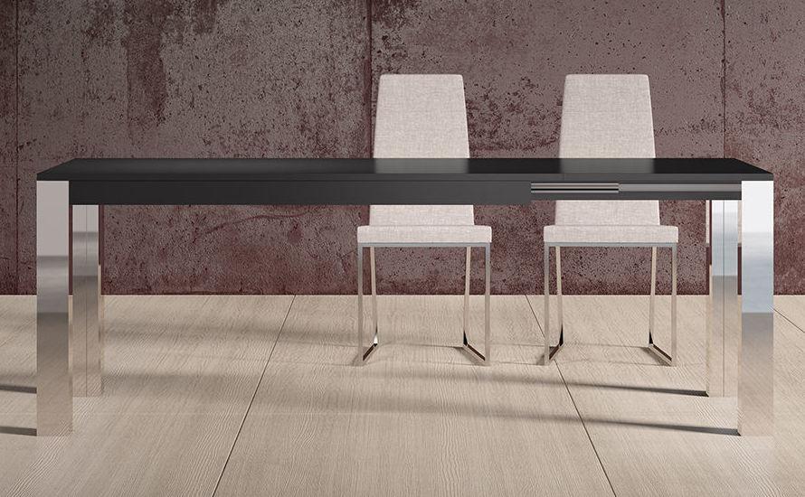 Venta de mesas y sillas en diferentes materiales