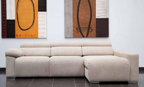 Diferentes modelos de sofás y tapicerías