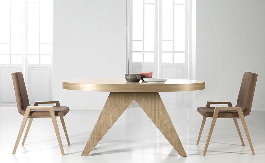 Mesas y sillas de diseño