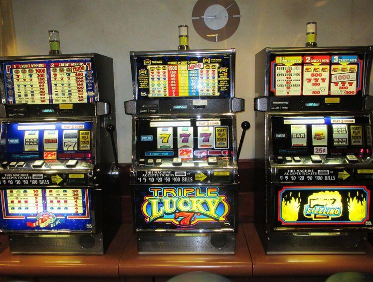 Instalación de máquinas recreativas en Tenerife