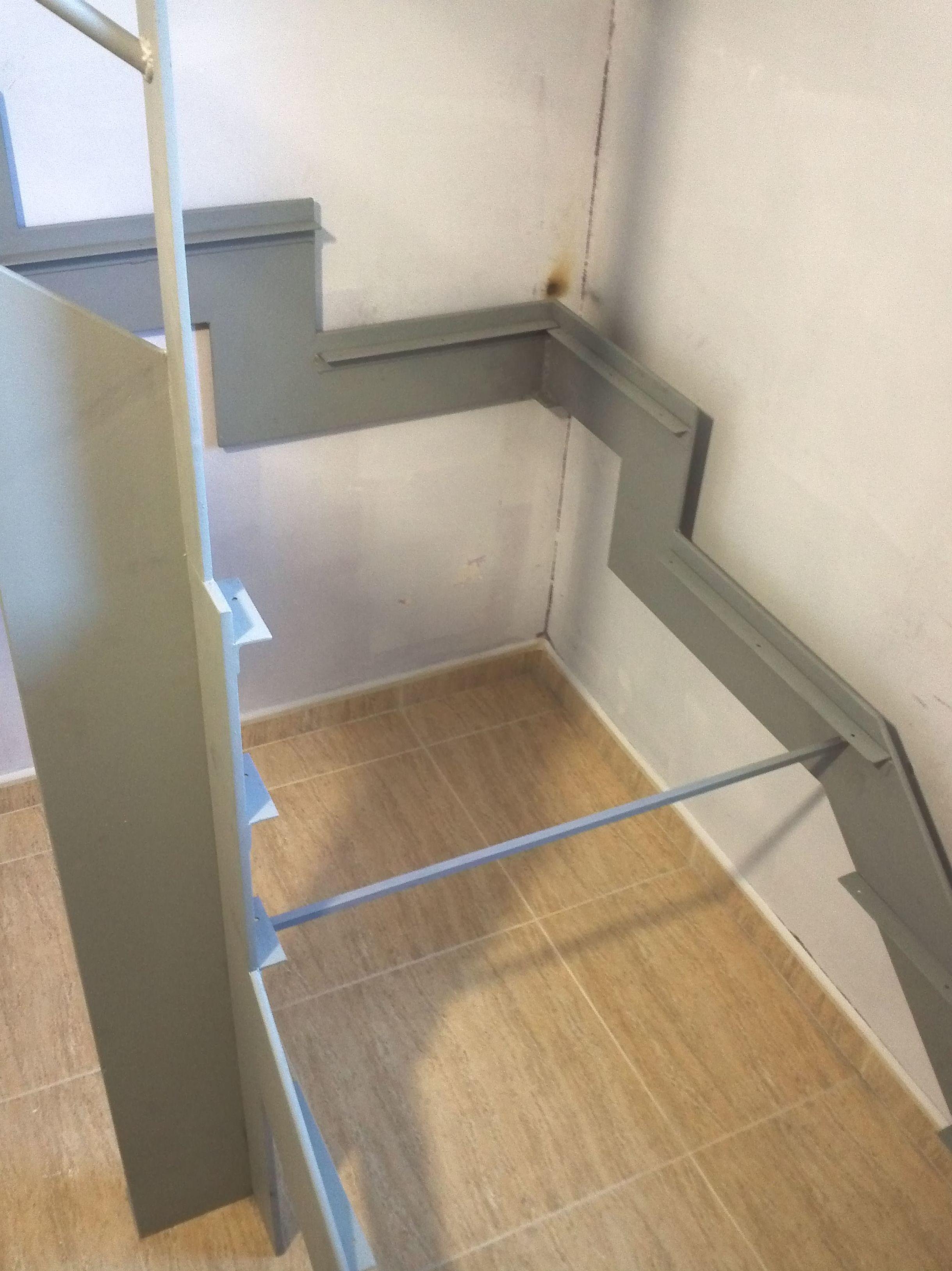 Diseño y realización de escaleras metálicas