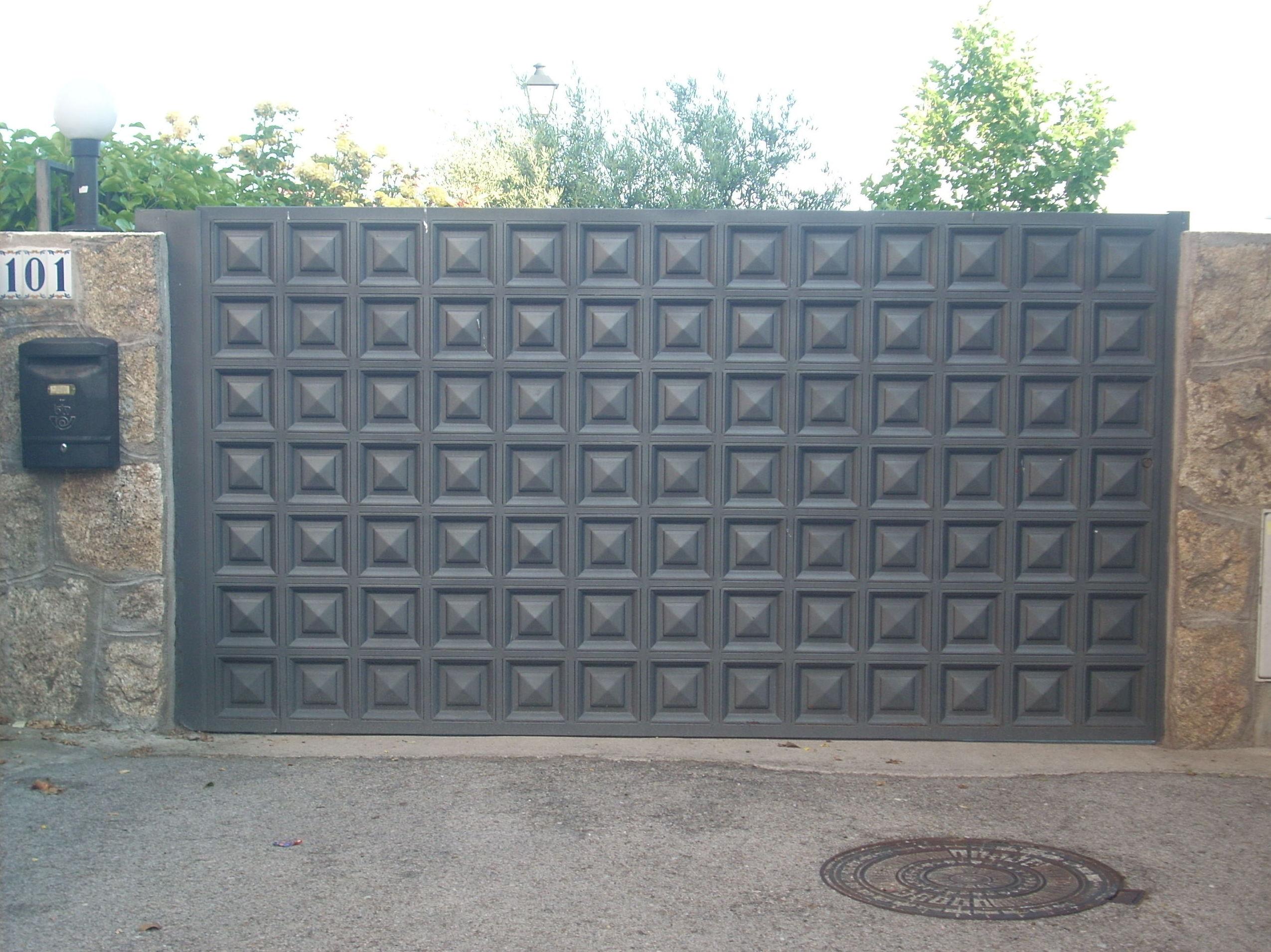 Puerta de cuarterón